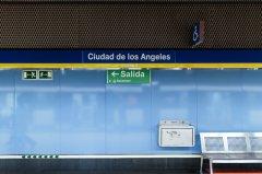 Andén del Metro Ciudad de los Ángeles